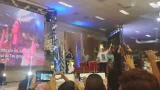 Águas Purificadoras   Diante do Trono em São Paulo 13/02/15