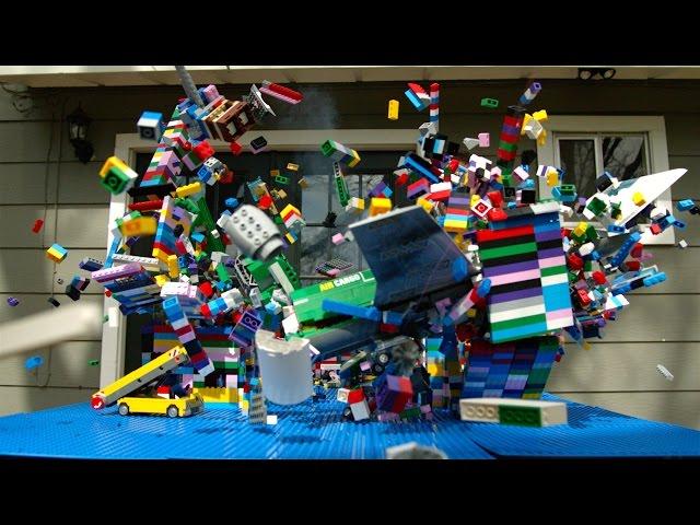 Lego Flugzeug Crash in Zeitlupe - The Slow Mo Guys