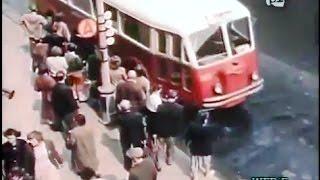 Niedzielny poranek w Warszawie 1955 kolorowy film