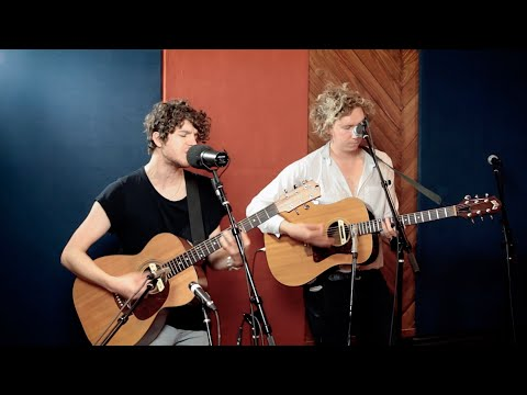 """""""Naive"""" Acoustic from The Kooks"""