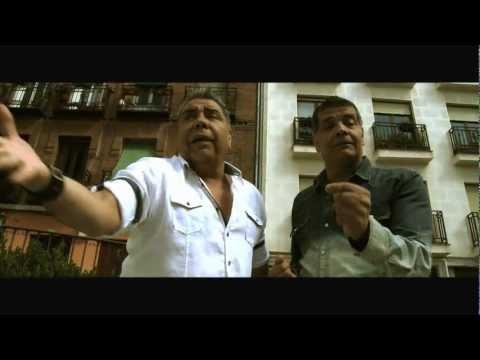 Los Chunguitos - El Amor Se Escapa - Videoclip Oficial en HD