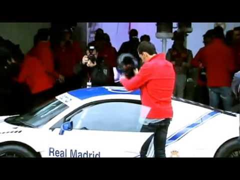 Xxx Mp4 Cristiano Quedó Impresionado Con Anfitriona De Audi 3gp Sex
