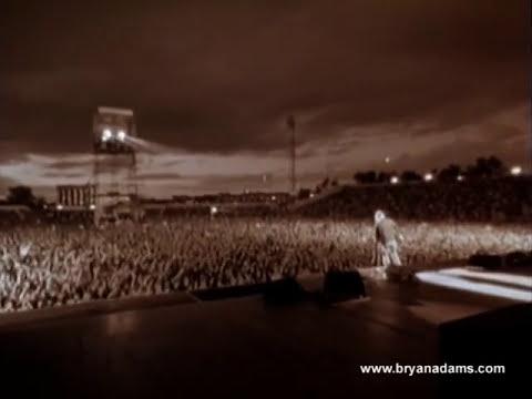 Bryan Adams - Summer Of 69 Live