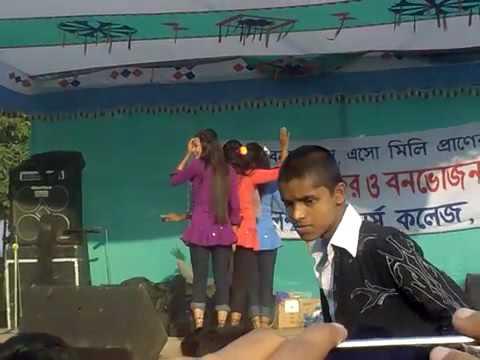 Xxx Mp4 কলেজ এর মেয়ের নাচ 3gp Sex
