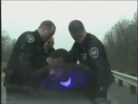 Policía tonto vs narcotraficante listo