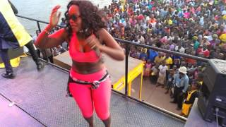 Shakira attempts to grab Pallaso's D on stage