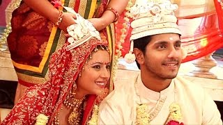 Sagarika and Bunty Talk About Their Bengali Wedding Look!