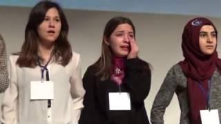 Yarışmada Birinci Olan Öğrenci Gözyaşlarını Tutamadı