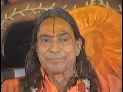 Shyam Milan Ki Baat - How to meet Krishna [Subtitled Lecture by Jagadguru Kripaluji Maharaj]