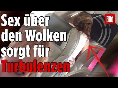 Xxx Mp4 Pärchen Hat Heimlich Sex Im Flugzeug 3gp Sex
