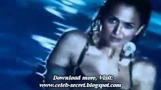 Amrita Arora hot movie scene