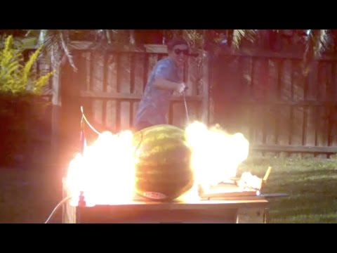 What happens when you put 20 000 volts into a Watermelon