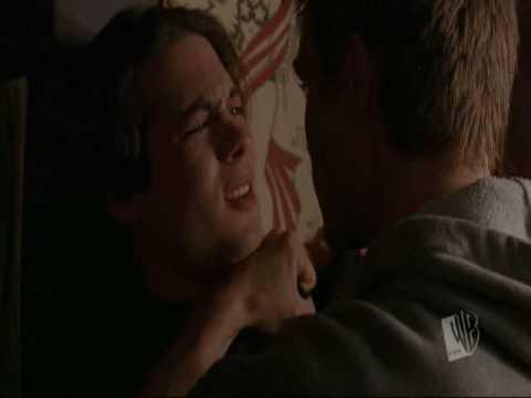 Brooke and Lucas are saving Peyton