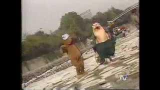 Cachureos 93 - El baile del perrito (Videoclip)
