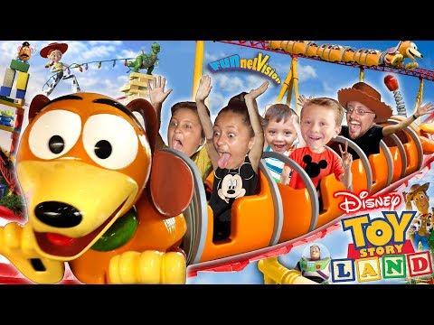 Xxx Mp4 TOY STORY LAND Slinky Dog Dash Roller Coaster Disney S Hollywood Studios Florida FUNnel Vision Vlog 3gp Sex