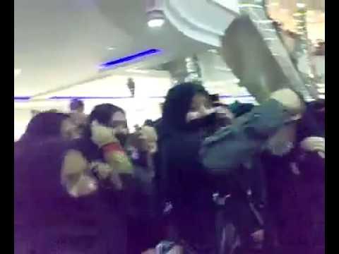 Saudi Girls Dancing in Rashid Mall Dammam on Independence Day