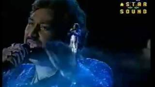 Tere Dar Par(Live)--Kumar Sanu