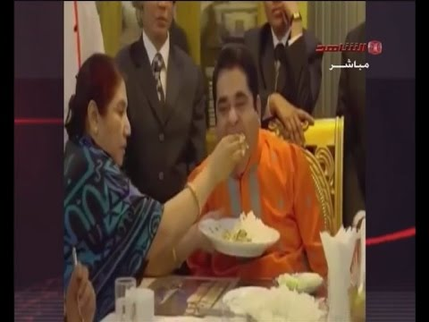 Xxx Mp4 اغنى اغنياء بنغلادش لا يأكل بيده وزوجته تقوم بخدمته Bangladesh S Richest Person Doesn T Eat His Hand 3gp Sex
