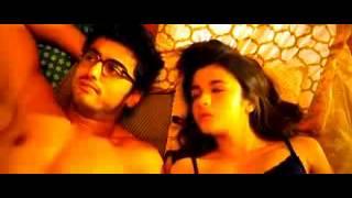 Alia Bhatt Kiss Scenes 2 States