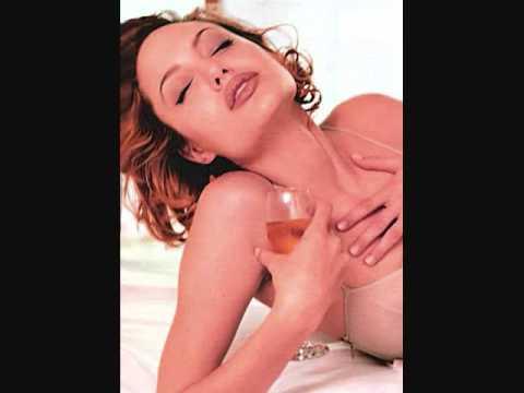 Xxx Mp4 SEXY HOT BEAUTIFUL ANGELINA JOLIE IN BED PHOTOS Wmv 3gp Sex