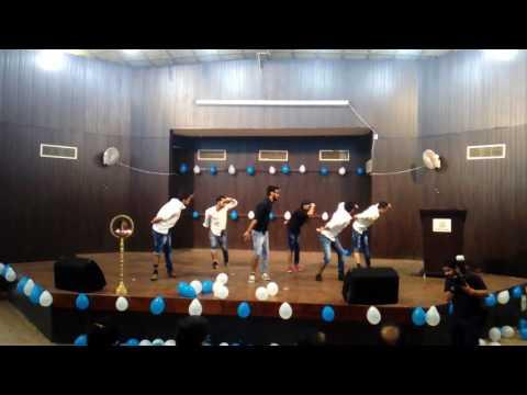 Funny dance video : JAMMU UNIVERSITY PHYSICS DEPT. FRESHER PARTY
