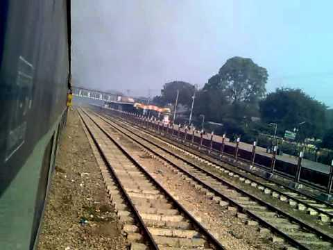 DEPARTURE FROM ALLAHABAD; CROSSING PRAYAG 12382 NDLS HWH POORVA EXPRESS