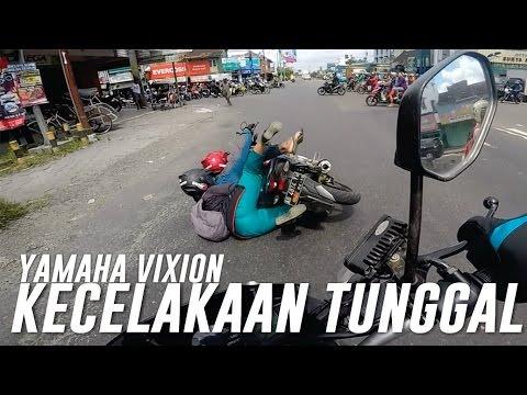 Xxx Mp4 Kecelakaan Motor Tunggal Mau Nerobos Lampu Merah 3gp Sex