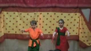 Ramo Ramo a Gujrati Folk dance by Abhinaya Group Moscow
