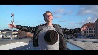 Albert Dyrlund - Hellerup-dreng [Official Video]