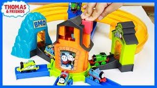 THOMAS AND FRIENDS MINIS BOOST N BLAST STUNT SET |Thomas Minis|Thomas & Friends Toys Kids Playing