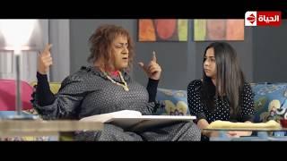 فيفا أطاطا - مشهد كوميدي لـ أطاطا :  البنات زمان كانوا شبه الرجالة  😂