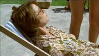 Swimming Pool _ Trailer Español