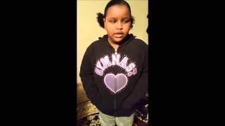 Watch 7-Year- old girl fights back against a bully