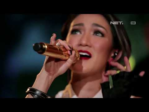 Melly Mono - Heartbeat Song ( Kelly Clarkson Cover ) - Spesial Performance at Music Everywhere