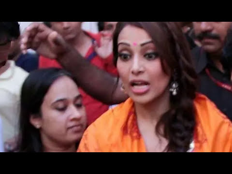 Xxx Mp4 INDIAN ACTRESSES HARRASED BY THE PUBLIC 3gp Sex