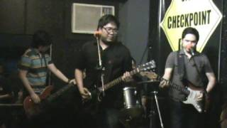 Itchyworms - Love Team (live@Checkpoint Bar)