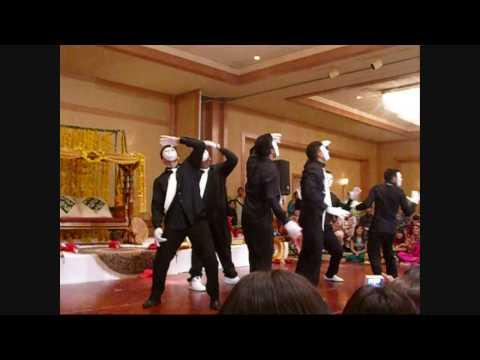 BEST MEHNDI DANCE EVER 2009