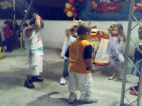 dança do creu crianças