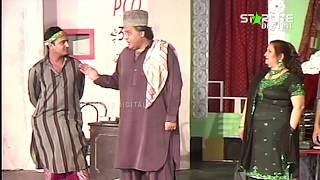 Lucky Dear and Hassan Murad New Pakistani Stage Drama Full Comedy Clip
