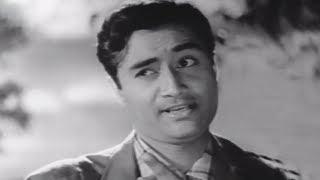 Dev Anand Makes Pran Laugh |  Munimji(1955) | Scene 14/21