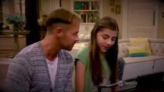 Melissa & Joey: Joe and Dani SINGING