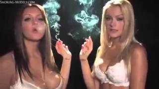 Girls smoking kiss sexy Smoking Fetish