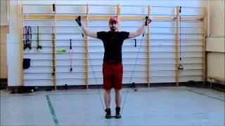 S'entraîner efficacement avec des élastiques. Exercices réalisés dans l'Est du Témiscamingue.