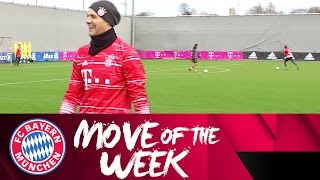 Manuel Neuer Scores an Absolute Screamer in Training!   FC Bayern Move of the Week