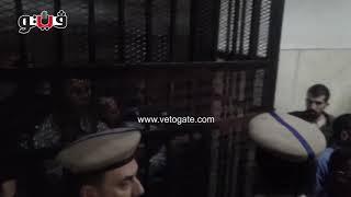 محافظات فيتو | اول فيديو لظهور المتهم بقتل طفليه في الدقهلية داخل قفص الاتهام