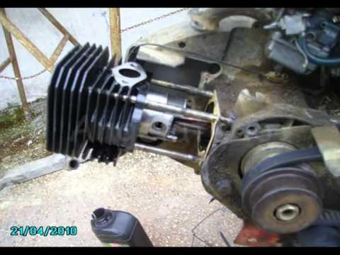 Cambio de pistón y cilindro de motor.