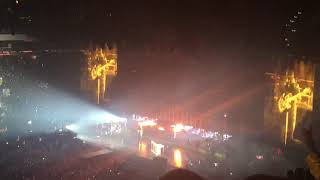 "Twenty One Pilots Perform ""Jumpsuit/Levitate"" Opening LIVE 11.3.18 Bandito Tour 2018 Tampa, Florida"