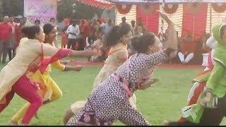 মহিলা পুলিশের বউ ছি খেলা দেখে পুরাই তাজ্জব হয়ে গেলাম।| Women Police Plying