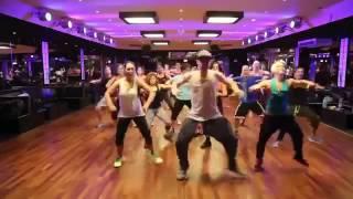 ابداع رقص الزومبا لحرق الدهون