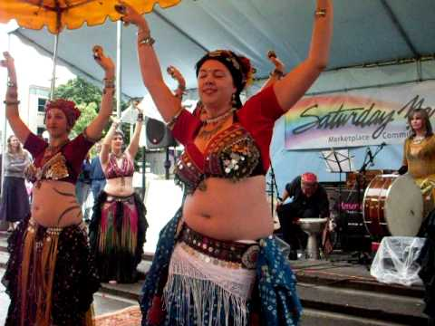 Tribalation and Asafa tribal belly dancing to music by Americanistan Saturday Market Aug 2009